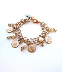 Armband Champagner-Rose`mit Münzen & Süßwasserperlen