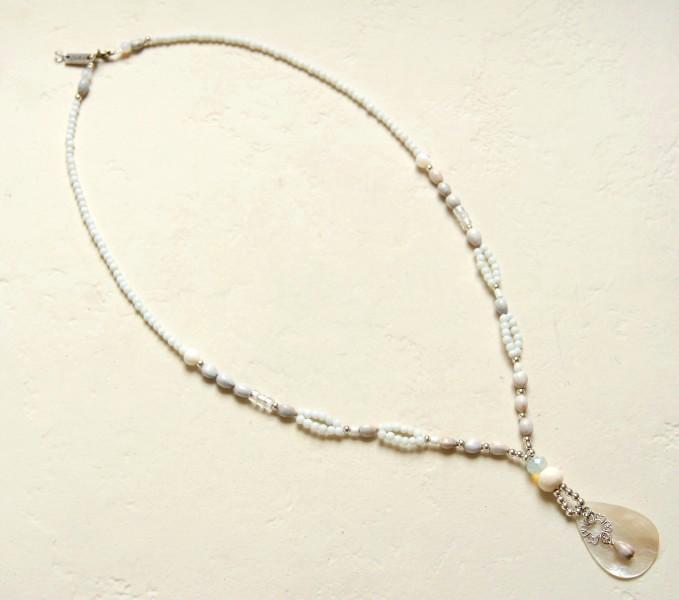 Sommerkette, lang , Natur-Weiß-Perlmutt