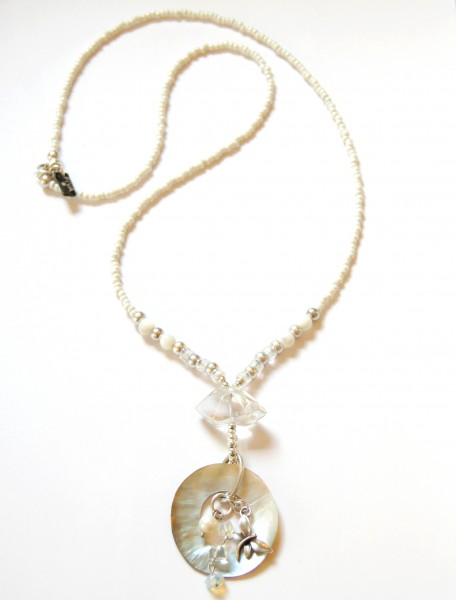 Fiva Halskette Weiss Perlmutt Libelle