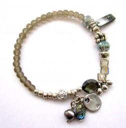 Armband Khaki - Grau mit Perlmutt